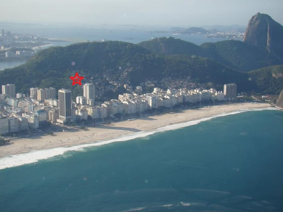 The star shows you the extraordinary location of the guesthouse up the hills of Copacabana beach