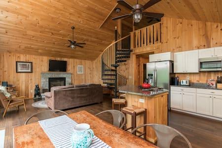 Moose Lodge on Highland Lake