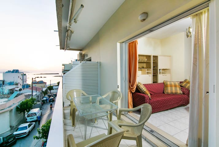 Seaside apartment in Chania:50 m from the beach!