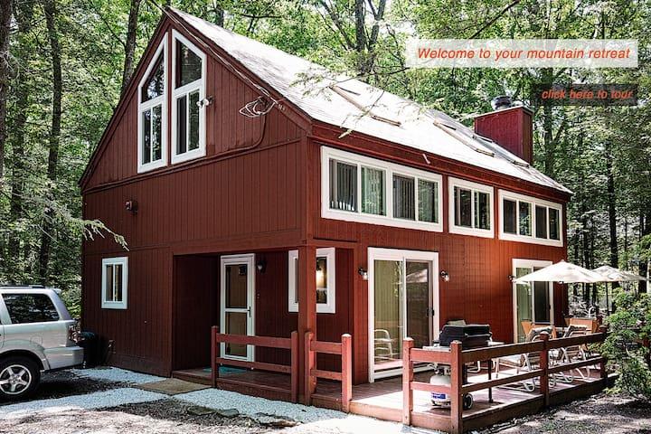 Luxury Pocono Mountain House - Reeders
