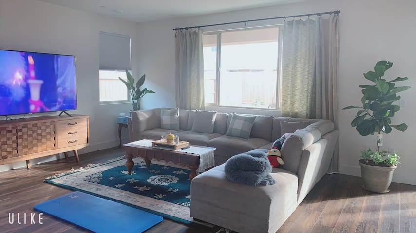 A comfortable and warm new home 舒适温馨的新家