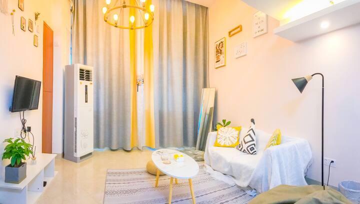 万达广场城市日记复式大床房