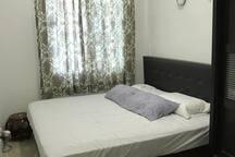 Room 2 (King)