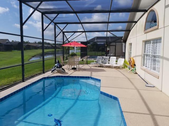 Moss Bluff Villa ***pool heat included***