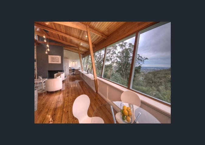 BELAIR - Easy going... and check out that view! - Belair - House