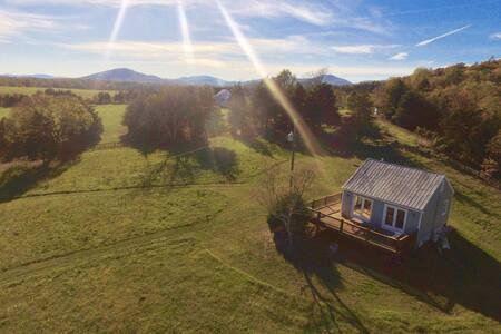 Bingham Mountain Cottage - Stanardsville