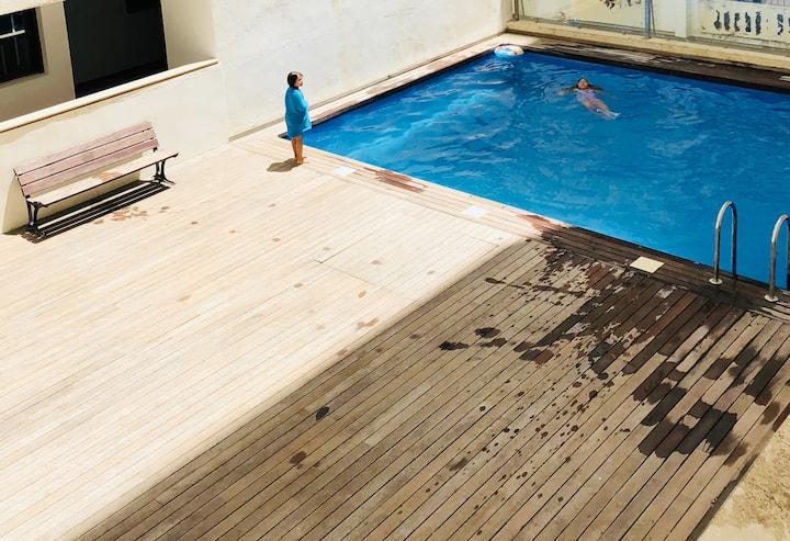 A 30m de la plage dans résidence avec piscine