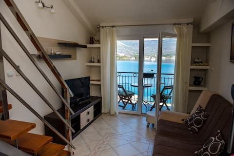 Duplex apartment with sea view
