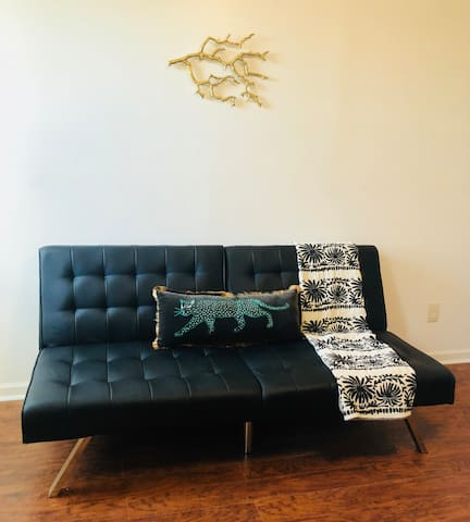 Futon - can pull out for an extra guest