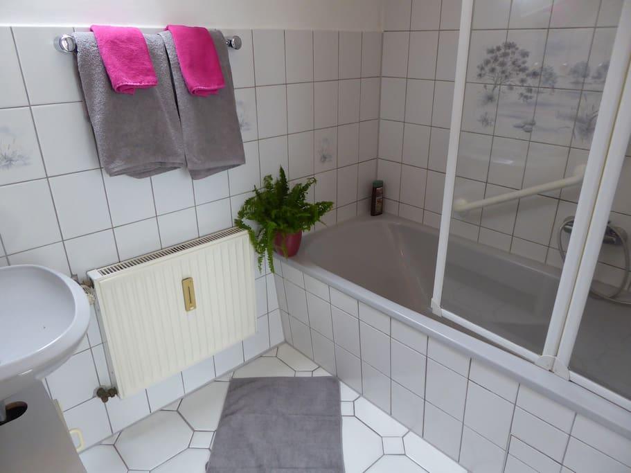 Bad mit separatem WC