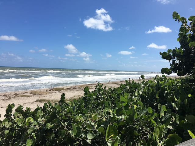 Beach a 15 minute drive, with ample parking for beach goers and fishing pier.