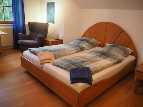 2 Zimmer, eigenes Bad, 1-4 Pers, 83607 Holzkirchen