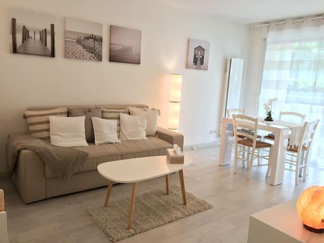Appartement lumineux, cosy et bien placé
