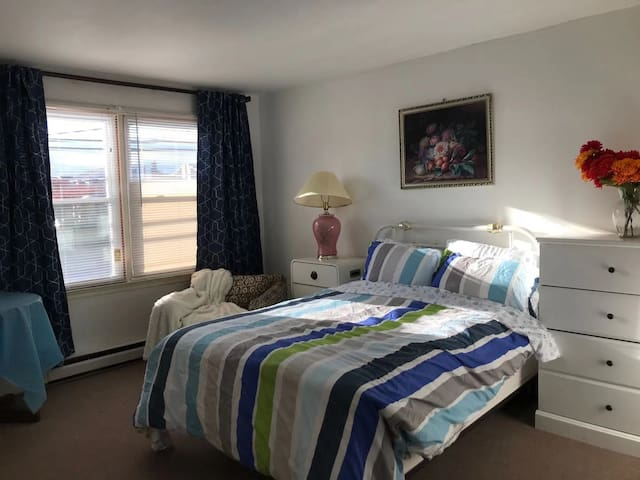 Friendly Spacious Home at Atlantic City for groups