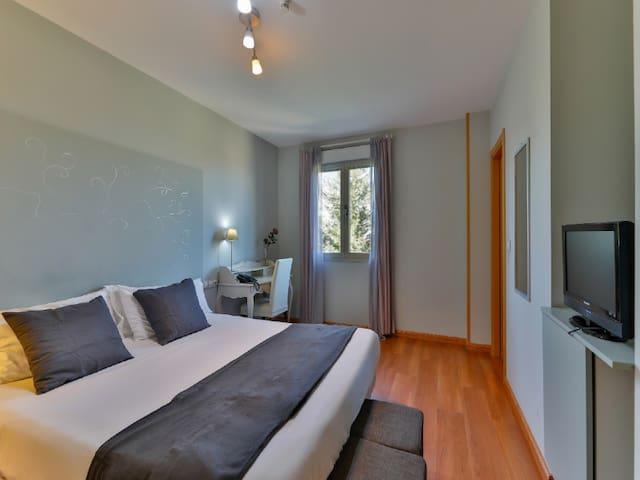 Habitación Doble con cama matrimonio