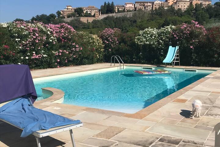 Appartamento in casa singola con piscina