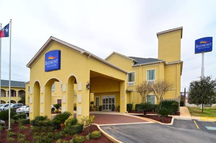 Baymont Inn & Suites - Pearsall - Overig