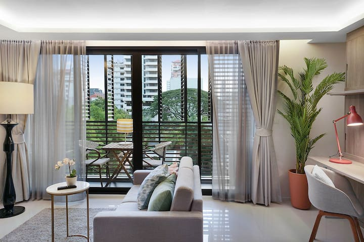Relax & Unwind in a private Suite in Asoke