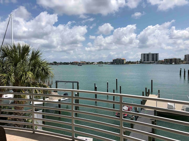 Clearwater Beach waterfront penthouse