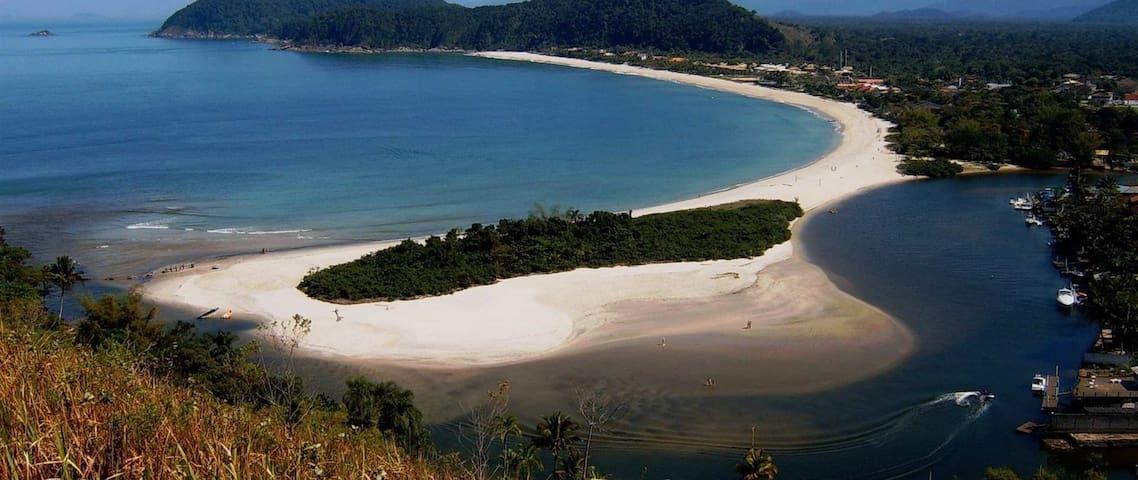 Casa na praia da Barra do Una, litoral norte de SP - Praia do Una