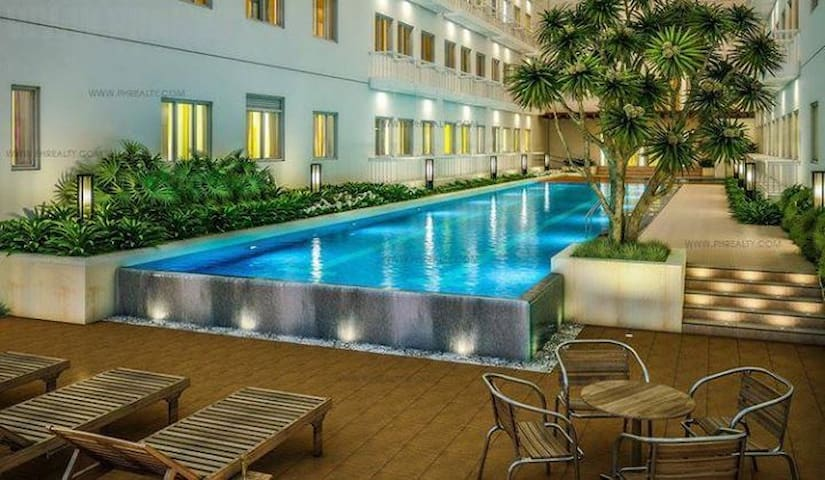 Pool area (located at 8th floor)