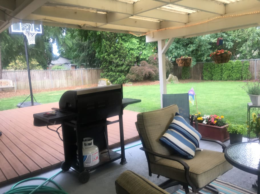 Large Patio and Backyard for Enjoyment ~ BBQ, Basketball, Volleyball and more......