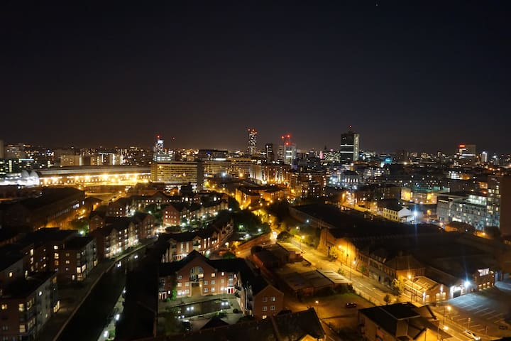 3 bed penthouse with terrace - breathtaking view - Manchester - Huoneisto