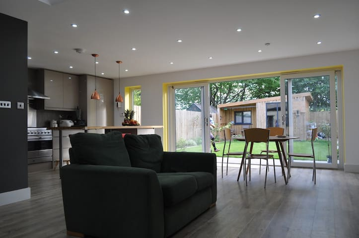 2-3 bedroom house close to the centre of Oxford - Oxford - House