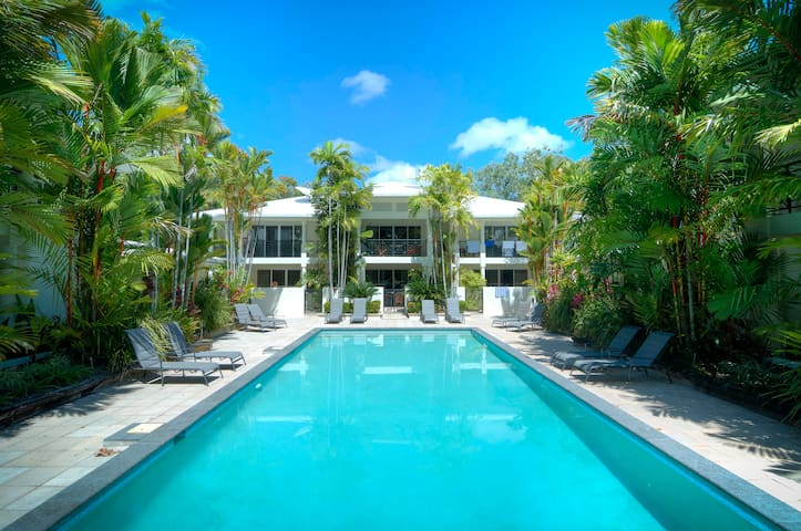 Oceanique - Absolute Beachfront Port Douglas
