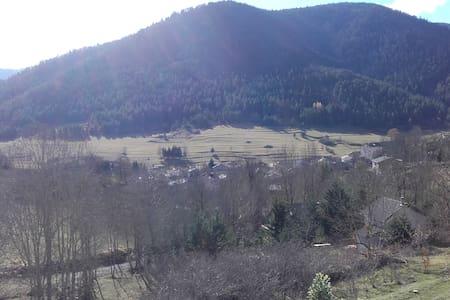 Appartement à Comus dans les Pyrénées Audoise - Comus