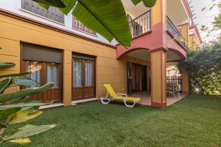 Costa Esuri new 2 bedrooms large, sunny and family