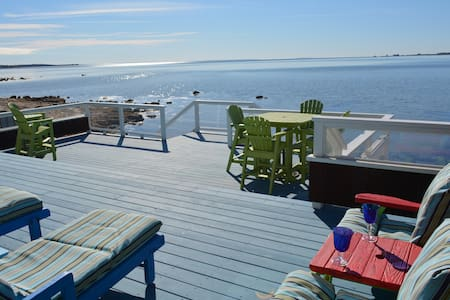 Oceanfront home with private beach and huge deck. - House