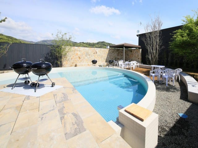 Hot Spring & Private Spa Rurinohama - 【One rate for up to 6 guests】 Villa rental・Non-smoking (Breakfast x/ Dinner x)