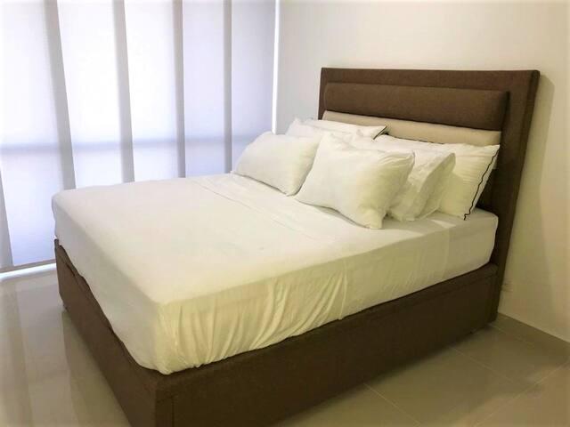 Cama Doble/ Master Bed