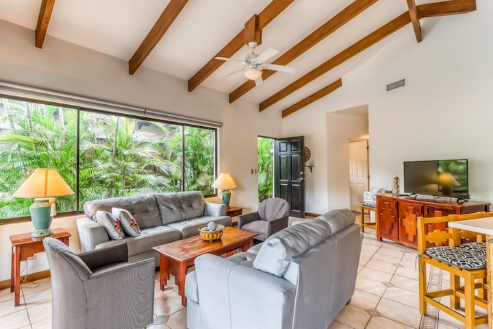 Modern Villa w/ private and shared pools, central AC, & private beach access