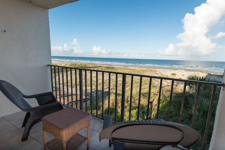 Best OCEANFRONT Deal on the Beach-SPRING SPECIALS