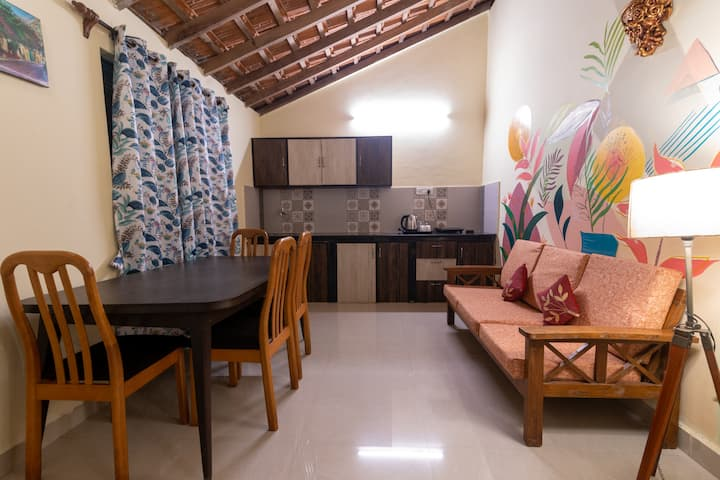 Comfortable 1 BHK in North Goa with Shared Pool
