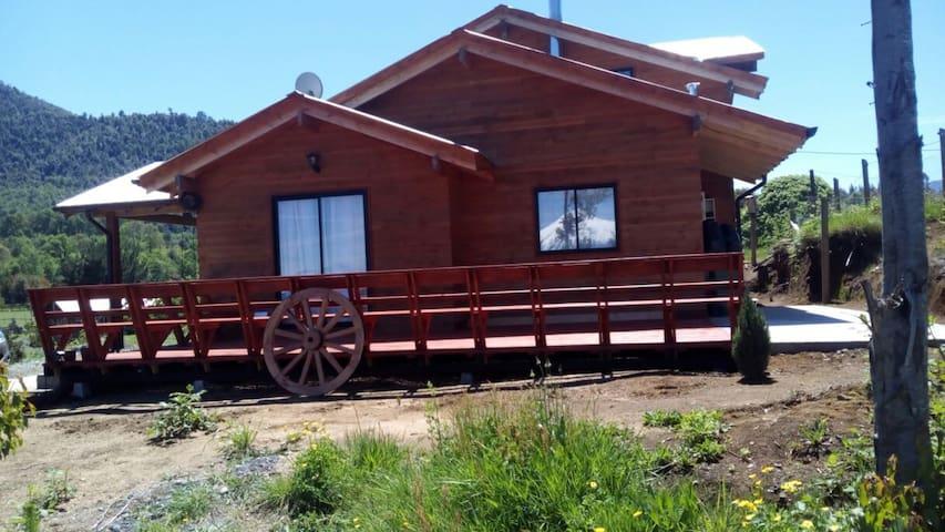 Casa Pucon, Lago Caburgua - Pucón - Hus