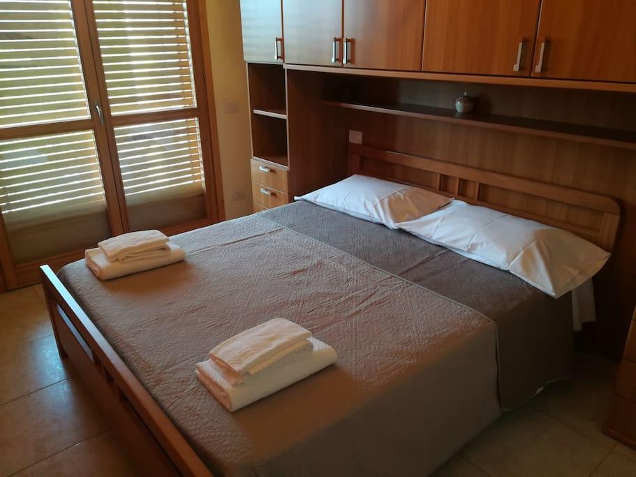 camera da letto panoramica