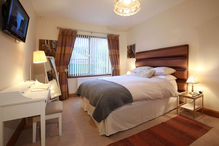 Luxurious Apartment in Malone, South Belfast