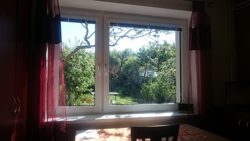 Apartment, Furnished, Wifi & Garden - Praha 4 - Háje - House
