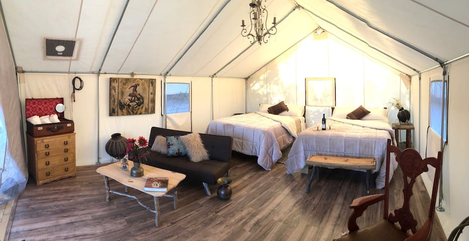 Private Lux Tent Glamping Adventure/heated 4 fall!