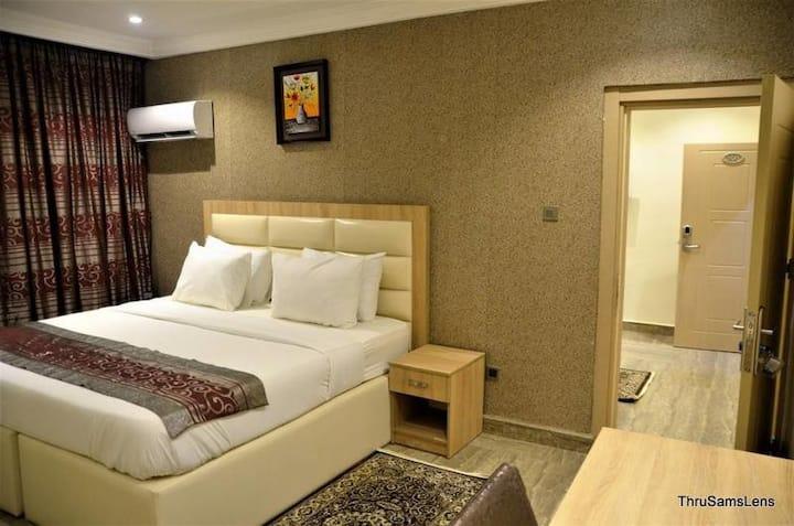 H9 Suites - Classic Room