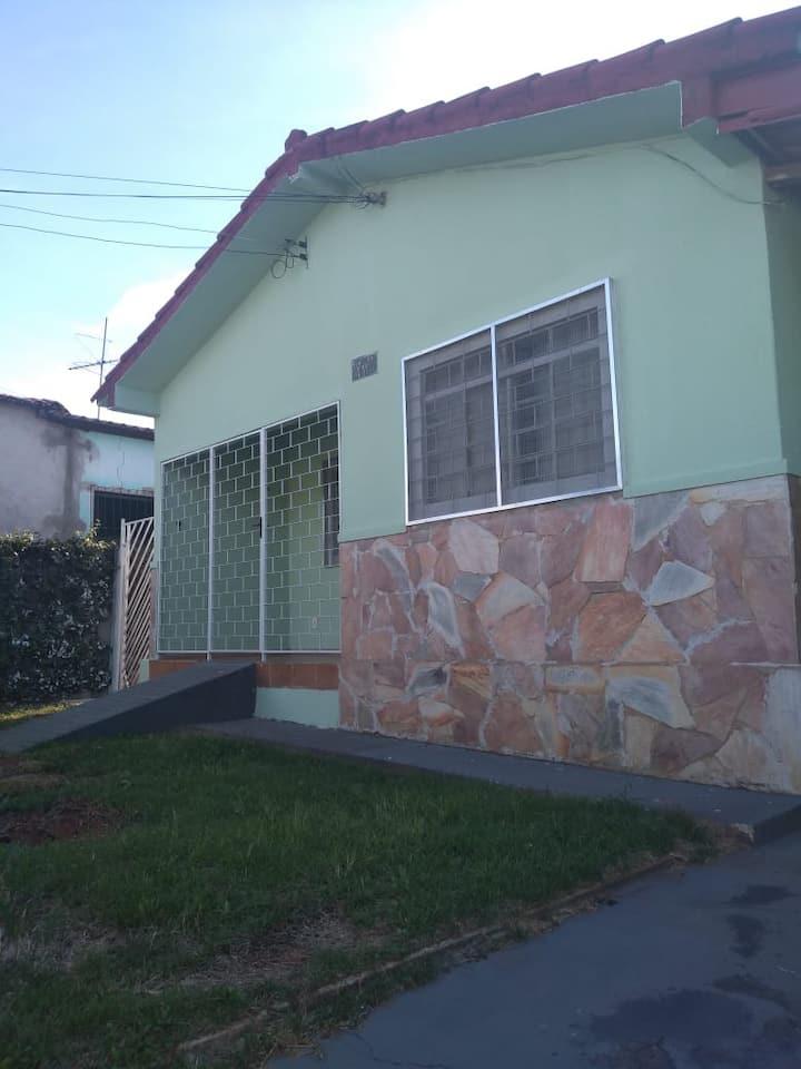Casa ampla em Caldas Novas, Itaici II