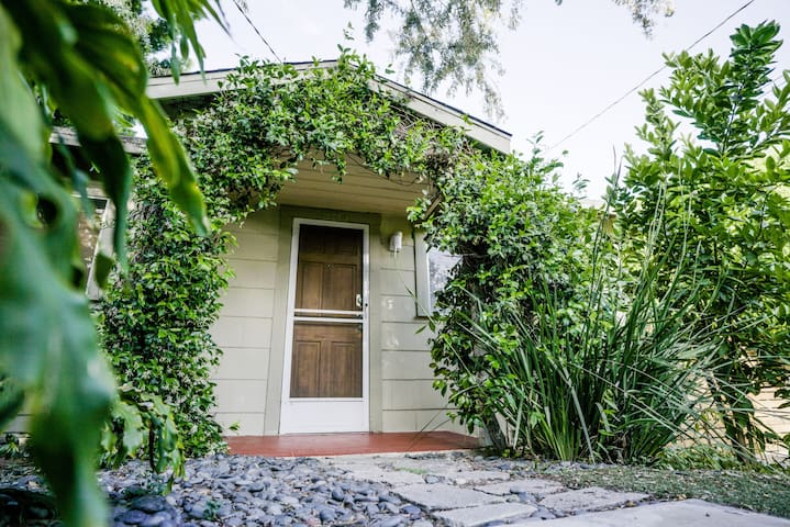 Lovely Atwater Village Back House - Modern/Quiet - Los Angeles - Huis