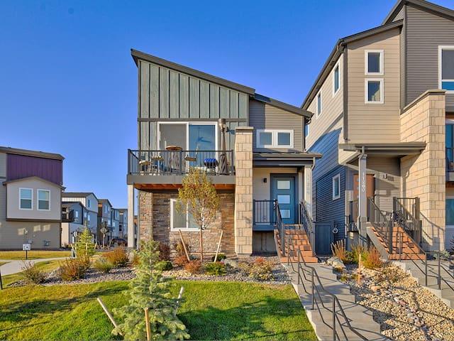 Luxury, efficient, comfortable and Upward Living!