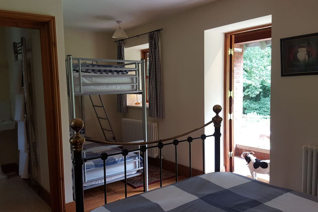 Own entrance to room and en-suite with shower.