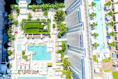 Luxurious Beachfront Green 5 Star Hotel Ocean View