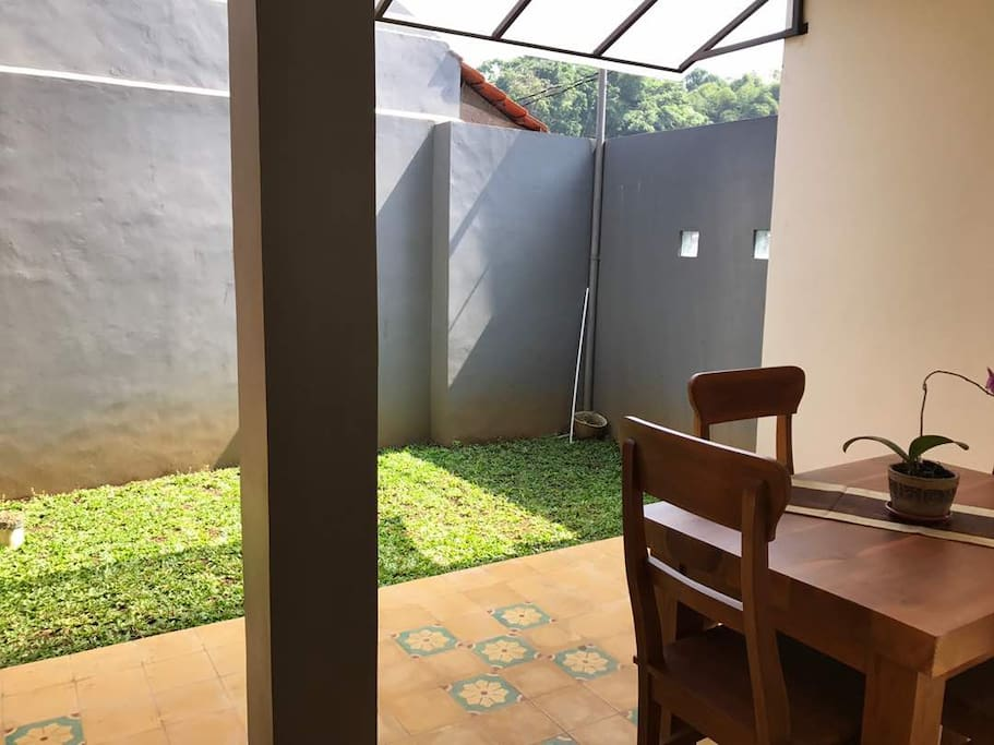 Dining Room with small terrace