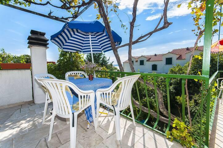 Studio Apartment, seaside in Bol - island Brac, Terrace